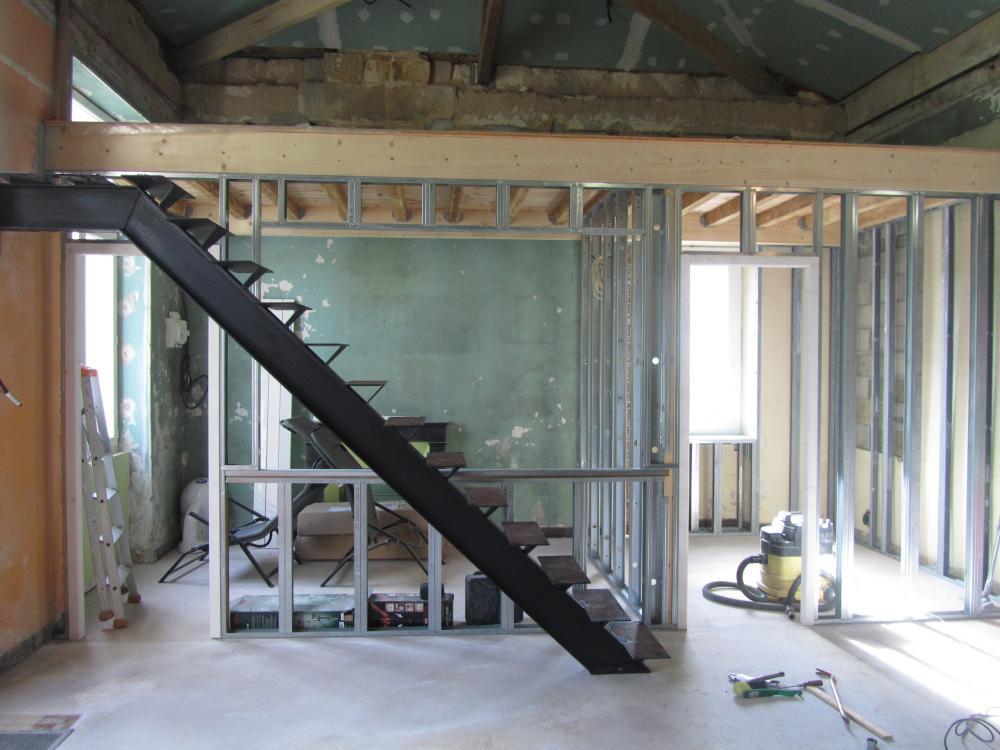 escalier m tallique d 39 int rieur cl tures. Black Bedroom Furniture Sets. Home Design Ideas