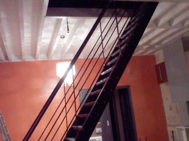 Escalier métallique accés grenier