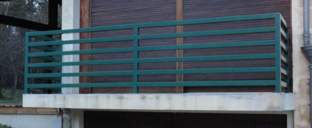 Balcon contemporain de sécurité